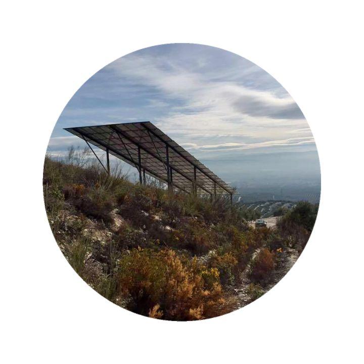 Instalación fotovoltaica aislada en Íllora (Granada)